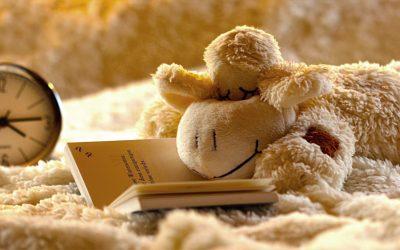 Raus aus der Snooze-Falle: 4 Tipps für Langschläfer um besser aus dem Bett zu kommen