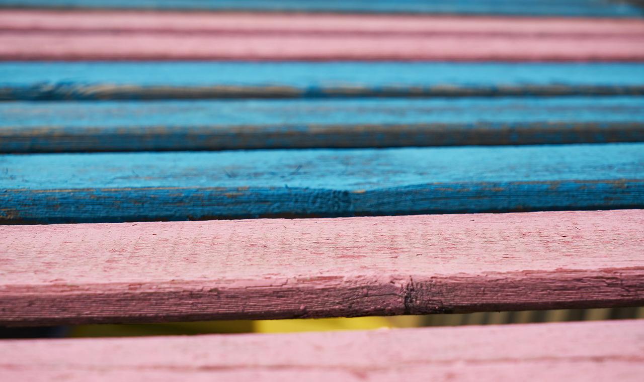 Holz im Bett: 3 gute Gründe, warum du auf einen Lattenrost nicht verzichten solltest