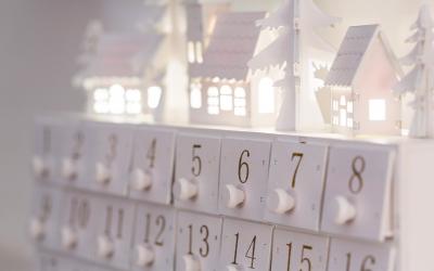 7 kreativ befüllte Adventskalender: Einzigartige Ideen für jedes Alter