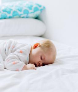 Elternschlaf Schlafmangel Müdigkeit