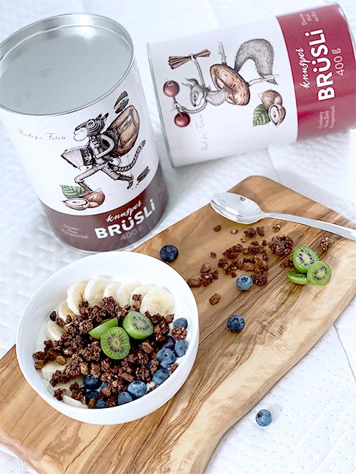 Kooperation-BRüSLi-Frühstück-im-Bett-Sorten-Schoko-Beere